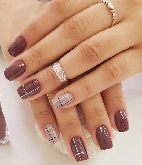 Cute and Beautiful Nails Art Design Ideas You Must Try Today 39 #nailsart #nailsartideas #nailsartdesigns #gelnailsideas