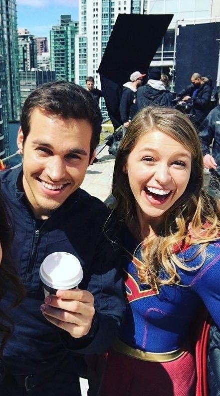 Chris Wood And Melissa Benoist Kara Danvers Kara Zor El And Mon El Supergirl Melissa Supergirl Supergirl Superman Chris Wood