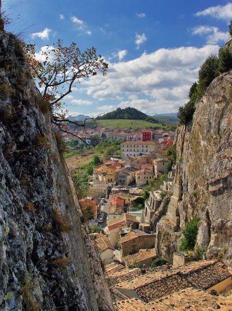 The Italian Village Of Bagnoli Del Trigno Isernia Images Italy