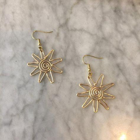 Ear Jewelry, Cute Jewelry, Jewelry Crafts, Jewelery, Jewelry Accessories, Handmade Jewelry, Jewelry Making, Wire Jewelry Designs, Diy Jewellery