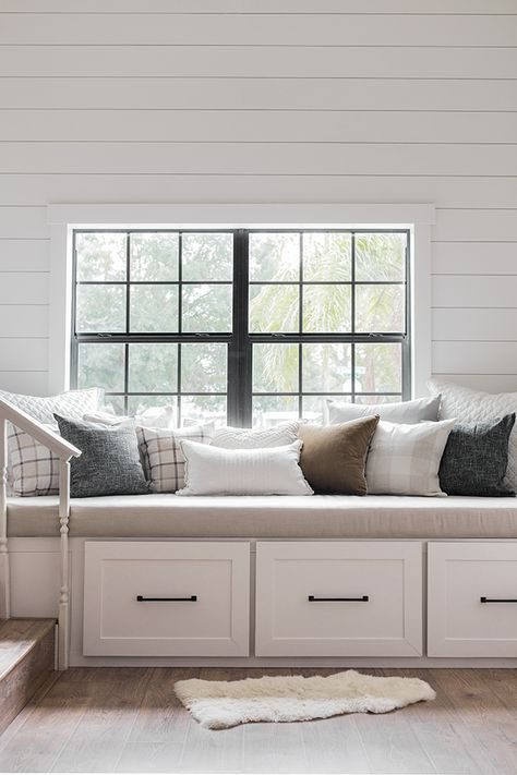Apartment Bedroom Window Benches 41 Best Ideas Storage Bench Seating Living Room Bench Bedroom Seating #window #seat #ideas #living #room