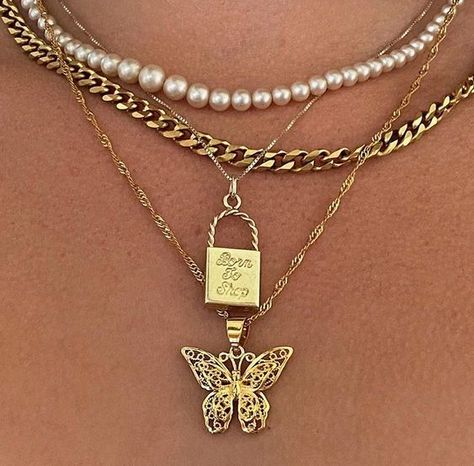 Cute Jewelry, Gold Jewelry, Jewelry Accessories, Fashion Accessories, Fashion Jewelry, Jewlery, Swag Fashion, Dope Fashion, Fashion Pants