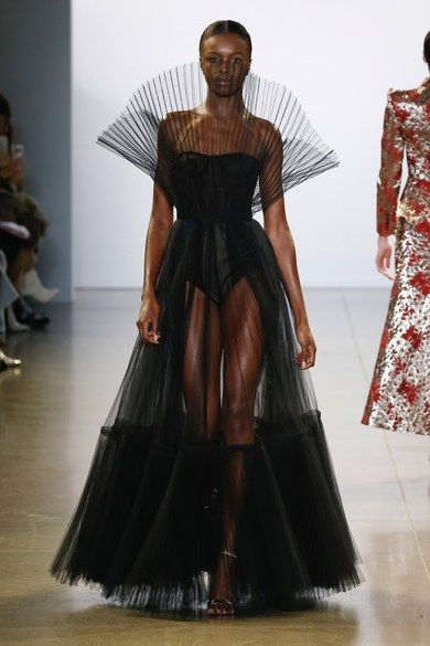 Cong Tri Fall 2019 Ready-to-Wear Collection