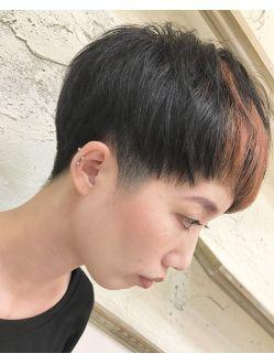 ツーブロック 刈り上げ女子 ベリショ ポイントカラー アジア人