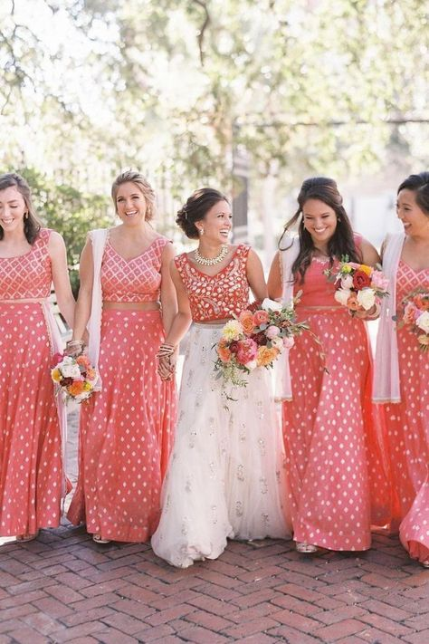 We're obsessed with lenghas for obvious reasons — versatility and style! This bride and her girls couldn't look more FABULOUS! 🙌💗 | LBB Photography: @annerhettphotography #stylemepretty #lenghas #culturalwedding