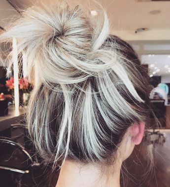 Hello Hair Natural Haircare On Instagram Just Gathering Some Hair Inspo For What We Predict To Be Our Mo Cabello Rubio Con Mechas Tonos De Cabello Peinados