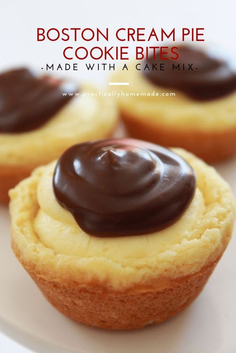Boston Cream Pie Cookie Bites All of the awesome flavors you love from the traditional Boston Cream Pie are turned into a cookie cup. They are quick to make, starting with a cake mix and taste delicious. Everyone will go crazy for these little cuties. Mini Desserts, Just Desserts, Delicious Desserts, Yummy Food, Bite Size Desserts, Finger Food Desserts, Awesome Desserts, Japanese Desserts, Indian Desserts
