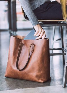 Cheap Purses, Cheap Handbags, Luxury Handbags, Purses And Handbags, Cheap Bags, Luxury Purses, Gucci Purses, Handbags Online, Big Purses