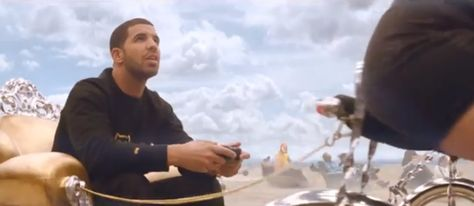 Drake Makes Cameo In FIFA 14 TV Commercial