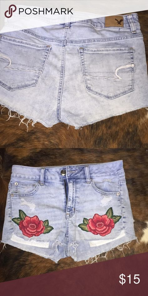 Flowers AMERICAN EAGLE Floral Shorts American Eagle Outfitters Shorts Jean Shorts