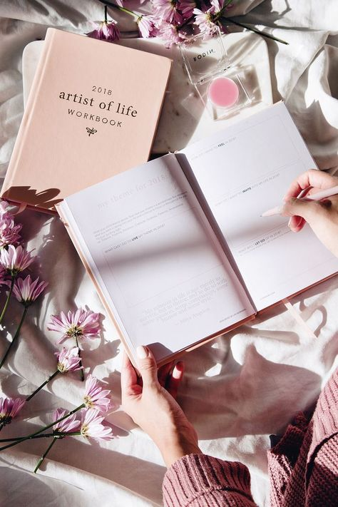 2018 Artist of Life Workbook by Lavendaire | new year | goal planning | journal #astheticwallpaperiphoneblack