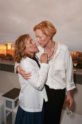 Frances McDormand and Tilda Swinton at event of Burn After Reading