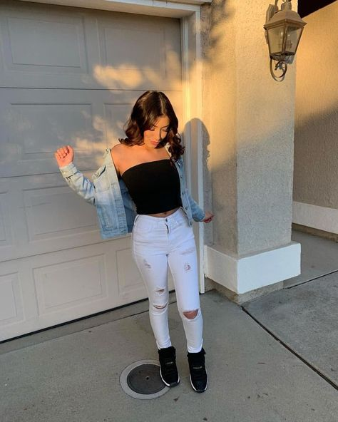 33 Luxury Summer Outfits Ideas For School With Jeans