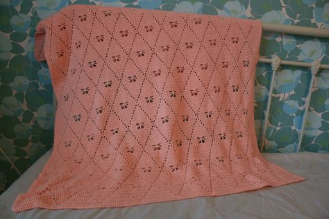 Diamond Buterfly Blanket - created it by using two patterns. A bag from Wolplein and the pattern of the butterfly stitch prayer shawl