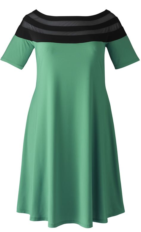 green plus size jersey dress for travel - http://www.boomerinas.com/2012/09/30/knit-jersey-dresses-travel-wear-for-women-over-40-or-50/