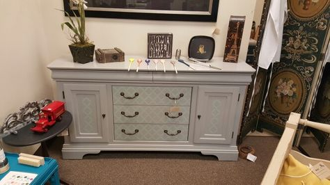 Painted Dixie Belle Driftwood With Sea Gl Accents Using Quatrefoil Stencil