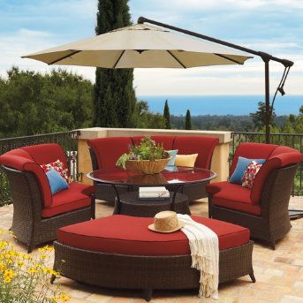 The Malibu Outdoor Furniture Collection improves upon our best-selling Del Mar deep seating collection. Custom cushions are still included, and now are sewn from a high-performing fabric.