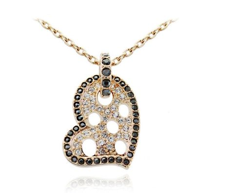 Hot Fashion Charm Pendant Cute Crystal Inside Small Hollow Crown Girls Necklaces
