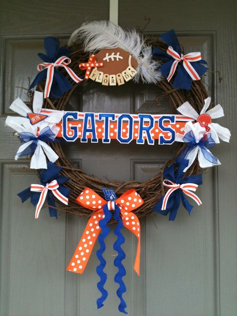 Items similar to University of Florida wreath with monogrammed door hanger on Etsy