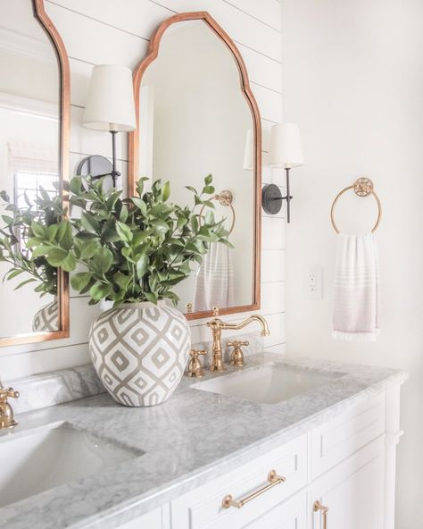 I picked up some fresh wax flowers for our bathroom this week and I think it's safe to say they're one of my new favorites! I love the tiny… Beautiful Bathrooms, Modern Bathroom, Small Bathroom, Cozy Bathroom, Bathroom Ideas, Bathroom Designs, Restroom Ideas, Bathroom Updates, Bathroom Closet