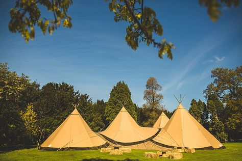 A Relaxed, Spring Wedding With Teepees and Treats | http://www.s6photography.co.uk/