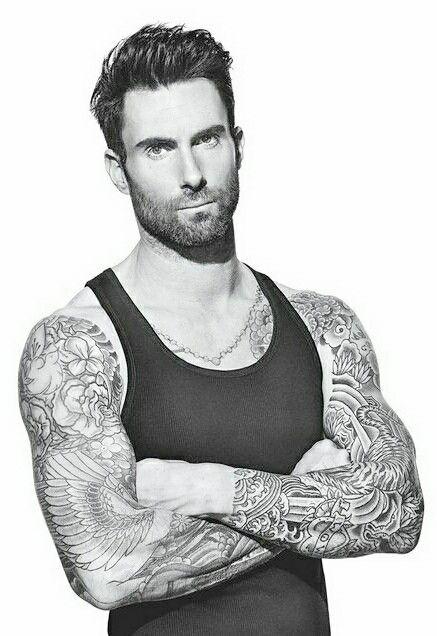 Adam Levine With Images Adam Levine Adam Levine Tattoos Maroon 5
