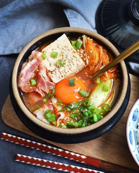 #kimchijjigae #kimchistew #koreanfood #spicyfood #homecooking #asianfood #cookingathome #comfortfood #eattheworld #subtleasiancooking #asiancooking #koreancooking #koreancuisine #satisfyingfood #kimchi #worldfood #onmytable #pork #easyrecipe #김치 #김치찌개 #宅食女子