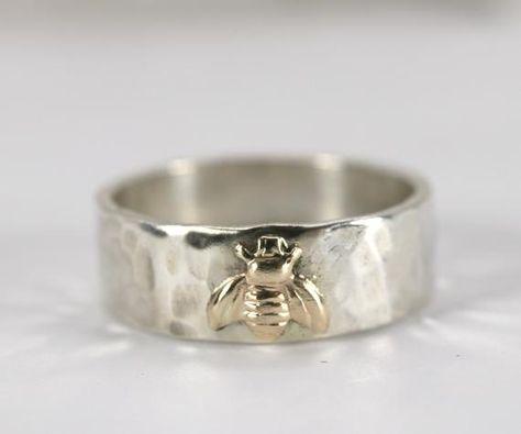 This sterling silver unisex hammered band and gold filled bee ring was made of solid sterling silver. Hammered finish gives it a rustic look. Unisex bold band. Gold filled bee charm soldered on the band. Stamp means personalize. If you choose stamp inside or outside, we are personalize your ring.