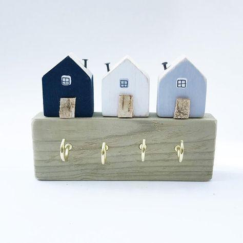 Little Wooden House Key Hooks, Key Hanger, Key Holder, Key Hooks, Key Organiser, Jewelry Organiser, Wall Decor, Entryway Organiser, Hooks