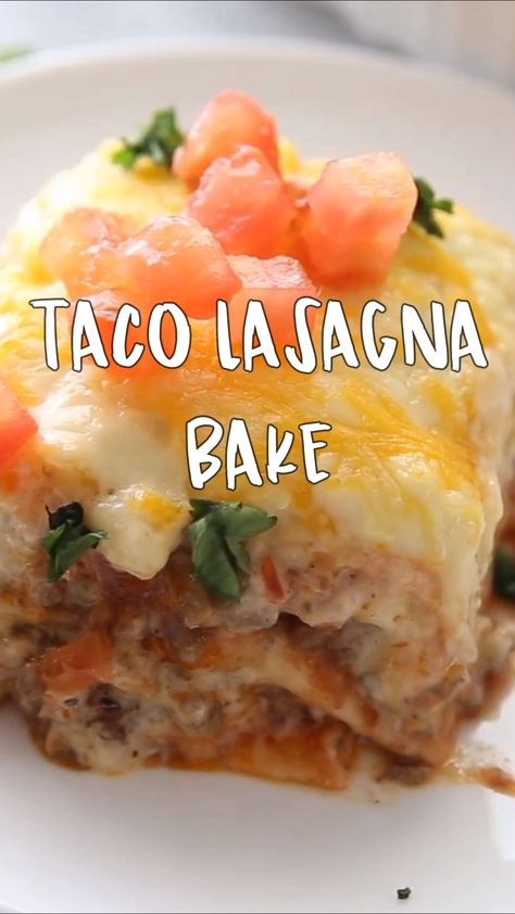 This lasagna taco bake is delicious! Your family will love it. Easy dinner idea for kids. Mexican Oven recipe.