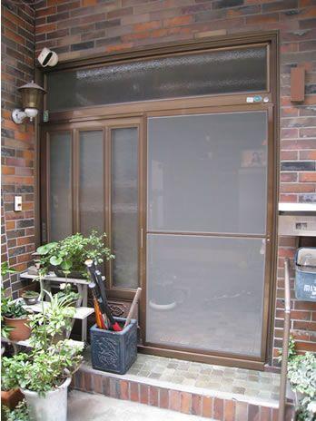 マンションドア用網戸の設置 玄関網戸 引き戸 玄関引戸 網戸