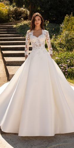 Luxury Beading Floral Bridal Gowns Sheer Neck Long Sleeves Ball Gown Wedding Dresses Long Sleeve Ball Gown Wedding Dress Sheer Wedding Dress Crystal Wedding Dresses