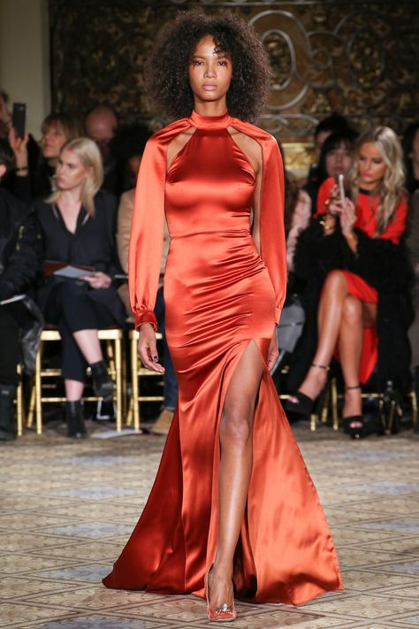 #ChristianSiriano   #fashion #Koshchenets    Christian Siriano Fall 2017 Ready-to-Wear Collection Photos - Vogue