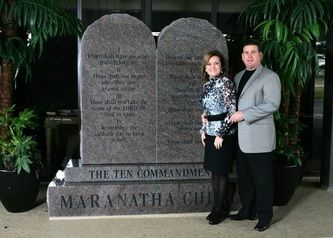 The Ten Commandments Com The Ten Commandments Written On Marble Or Granite Tablets Of Stone Granite Monuments Marble Granite Granite