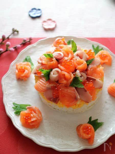 お祝い寿司ケーキ by 石倉かおり / 【Nadia | ナディア】レシピサイト - おいしいあの人のレシピ