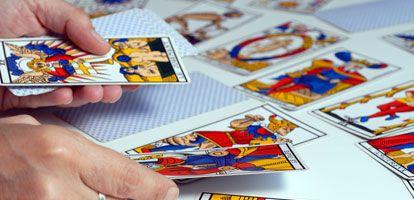Tirada De Tarot Con 10 Cartas Tarot Gratuito Tarot Tirada Tarot Tarot Cartas