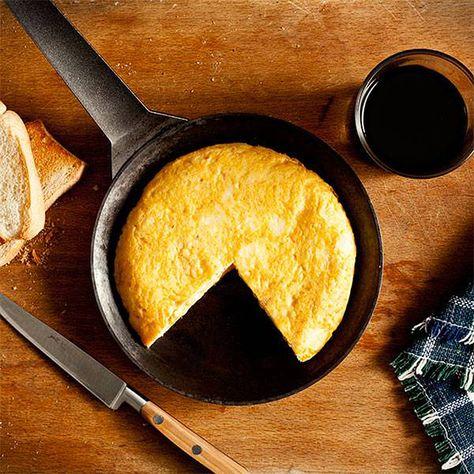 La Mejor Manera De Elaborar Una Tortilla De Patata En 10 Minutos Tortilla De Patatas Tortas Recetas De Comida