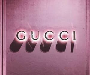 Gucci Pink And Wallpaper Bild Light Pink Walls Pastel Pink Aesthetic Picture Collage Wall