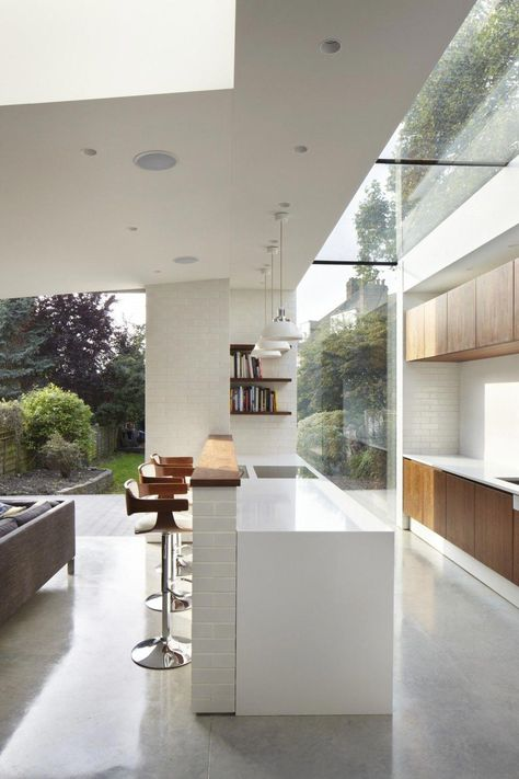 The Garden Kitchen brief was to open up the ground floor living spaces, whilst reconnecting the core of the house to the sunny south facing garden. #kitchendecoratingtips