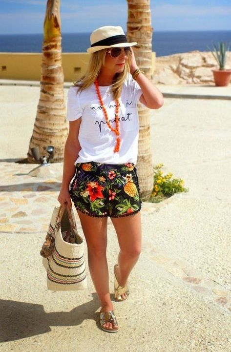 Tropical vacation outfits, mexico vacation outfits, beach outfit for women,