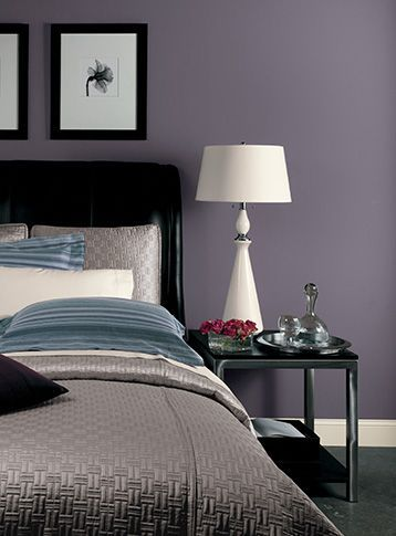 Classic Neutrals Black White And Gray Elevate The Sophistication And Luxuriousness Of Purples Purple Bedroom Walls Purple Bedrooms Bedroom Colors Purple