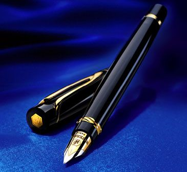 Waterman Liaison.  A really fine writing instrument.