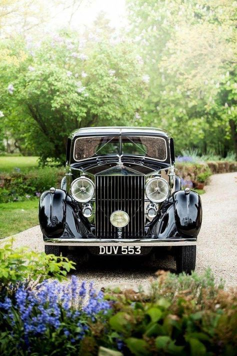 Rolls Royce Phantom Iii Rollsroyceclassiccars Rolls Royce