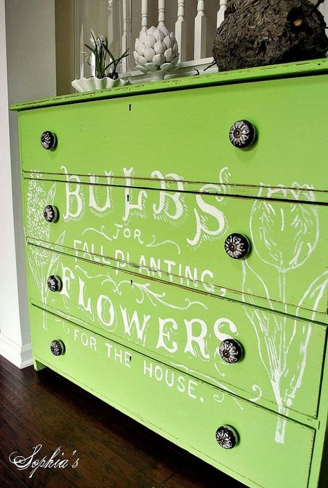 Fresh and Green - Flower Ad Dresser