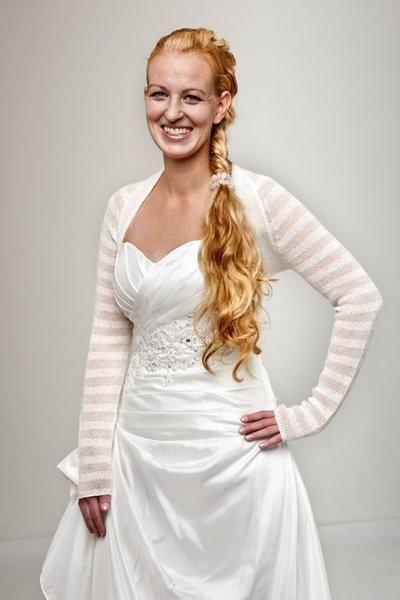 Transparente Braut Jacke Im Material Mix Off White Oder Ivory Gestrickt Tara Brautjacke Braut Brautmode