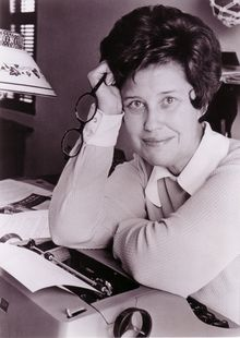 Top quotes by Erma Bombeck-https://s-media-cache-ak0.pinimg.com/474x/ad/24/a7/ad24a7cfa80bc4c28dbf60e52c51f7f4.jpg