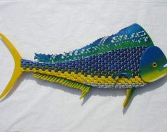Bottle Cap Fish Metal Wall Art Mahi Mahi Dolphin Sculpture Etsy In 2020 Bottle Cap Beer Bottle Cap Art Beer Cap Art