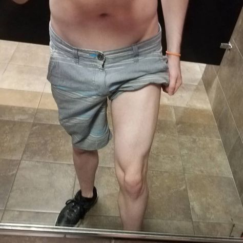 Hey so I don't post my legs very often cause *john mulaney voice* THAT'S THE THING I'M SENSITIVE ABOUT but here they are along with the other usuals cause I'm making progress and I feel good! . . . . #fitness #workout #TheseAreFromAFewDaysAgo #IveBeenBusyOkay #gym #gymrat #twink #jock #gay #health #bodypositivity #eatingdisorderrecovery #muscle #gaymodel #malemodel #quads #legs #abs #summerbody