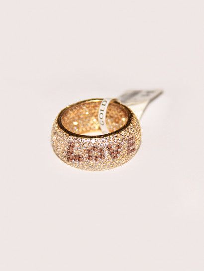 دبل زفاف ذهب عيار 18 دبلة زفاف ذهب عيار 18 مكتوب عليها بالفصوص البنى Love مرصعة بالفصوص البيضاء والبنى عند البيع ترد بالفصوص Je Druzy Ring Rings Jewelry