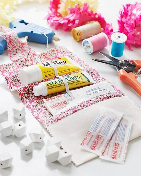 VIEW my post on how to make a DIY first aid kit w/ #HEALTHYESSENTIALS products! Perfect 4 crafting mishaps: http://bit.ly/jnjfirstaidkit #ad